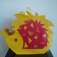 Index of /lampion Classroom Art Projects, Art Classroom, Halloween Crafts For Kids, Crafts To Make, Hedgehog Craft, School Themes, Working With Children, Creative Kids, Caribbean Netherlands