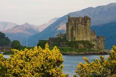 Eilean Donan Castle (Dornie, Scotland)