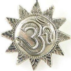 Pendentif Symbole Om (Hindou) avec chaine en Argent 925: ShalinCraft: Amazon.fr: Bijoux