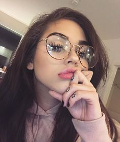 "Maggie Lindemann] ""Hello, I'm Cleo. I'm nineteen and I'm super excited to meet my match! I love music, dancing, and the color pink. Intro?"""