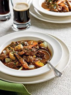You'd never guess that this Guinness beef stew is actually good for you!  http://greatideas.people.com/2014/03/14/st-patricks-day-lite-hearty-guinness-beef-stew-and-irish-soda-bread/