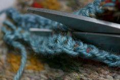 Steek : renforcer au crochet avant de couper