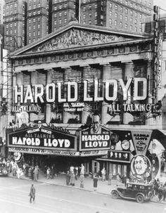 Advertising Harold Lloyd; Peoria, IL Vintage Movie Theater, Vintage Movies, Silent Comedy, Silent Film, Vintage Tin Signs, Vintage Photos, Building Columns, Peoria Illinois, Harold Lloyd