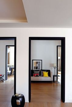 Apartment by Bismut & Bismut Architectes - Corridor Photo Frame Wallpaper, Black And White Interior, Black White, Up House, Door Design, House Painting, Living Spaces, Living Room, New Homes