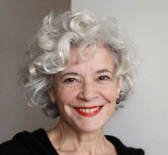 Curly Short Hairstyles For Older Women Over 50 Best Short Haircuts 2018 2019 Grey Curly Hair, Curly Hair Cuts, Short Hair Cuts, Curly Hair Styles, Curly Short, Lilac Hair, Pastel Hair, Pixie Cuts, Short Pixie