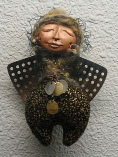 Worldwide Women Artists: New Spirit Art Dolls.  Is that a spatula used as wings (arms)?