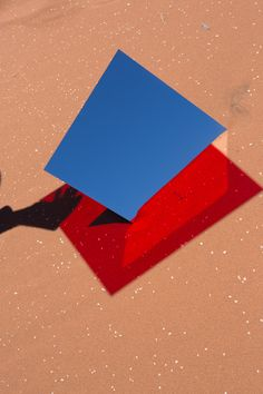 """In """"Umbra"""", shot in the Namibian desert, Viviane Sassen plays with the interaction between reflections and refractions of colored glass panes. Still Life Photography, Amazing Photography, Art Photography, Viviane Sassen, New York Art, Design Graphique, Contemporary Photography, Advertising Photography, Fashion Books"""