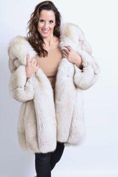 SAGA Blue Fox шуба полный кожа класса куртка hopka норка красная рысь чернобурка