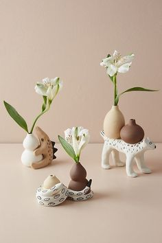 25 DIY Cute Plant Pot Ideas - Page 14 of 25 - VimDecor plant pot ideas, creative flower pot, inddor plant pot, diy and crafts, plant holders Ceramic Clay, Ceramic Pottery, Pottery Art, Clay Crafts, Diy And Crafts, Flower Pot Design, Diy Flower, Ceramic Flower Pots, Ceramic Plant Pots