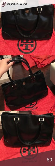 Tory Burch Robinson Patent Leather Tote Navy. 100% Authentic. Dust bag included. Tory Burch Bags Totes