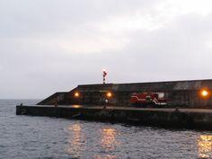 PORTO DA CALHETA: Limpeza no Porto da Calheta