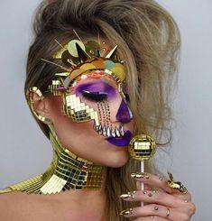Known as The Skulltress, makeup artist Vanessa Davis creates elaborate and artistic face paint looks. Her skull makeup art is out of this world! Makeup Fx, Media Makeup, Beauty Makeup, Makeup Brushes, Body Makeup, Makeup Case, Glam Makeup, Makeup Remover, Eyeshadow Makeup
