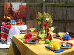 Add a bit of sophisticated style to your Mexican fiesta. A few traditional fiesta theme party decor elements combined with colorful sombreros, . Mexican Dinner Party, Mexican Fiesta Party, Fiesta Theme Party, Party Themes, Party Ideas, Mexican Bar, Fiesta Cake, Mexican Hacienda, Hacienda Style