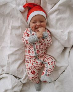 Santa baby - Santa's sleepy helper. You are in the right place about baby twins Here we offer you the most bea - Cute Little Baby, Baby Kind, Little Babies, Cute Babies, Baby Baby, Cute Baby Boy, Baby Boy Newborn, Santa Baby, Christmas Baby