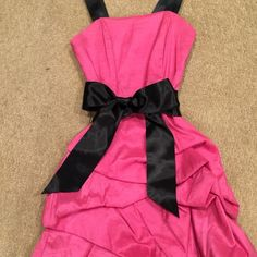 JESSICA McCLINTOCK prom dress size 8 worn once Hot pink with black sash prom dress worn once. Mint condition. Size 8 Jessica McClintock Dresses
