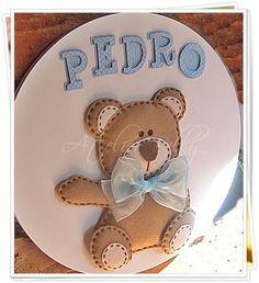 Enfeite de porta Maternidade - Ursinho com letras de scrap R$ 99,90