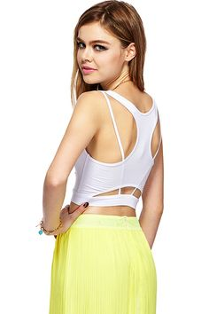Shop ROMWE Sexy Cut-out Back Crop White Vest at ROMWE, discover more fashion styles online. Latest Street Fashion, Romwe, Vest, Street Style, Inspiration, Clothes, Color, Biblical Inspiration, Outfit