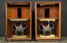 Audio Amplifier, Hifi Audio, Audiophile, Horn Speakers, Diy Speakers, Speaker Plans, Speaker Box Design, Cool Tones, Loudspeaker