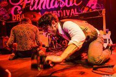Manuel Pablo McNamara -armónica y percusión- y Tobio Lotto -voz y guitarra- de Les Grys-Grys, Funtastic Dracula Carnival, Benidorm, 11/10/2015. Foto por Dena Flows  http://denaflows.com/galerias-de-fotos-de-conciertos/g/les-grys-grys/