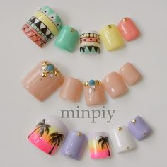 Summer Nail Art love the sunset palm tree ones