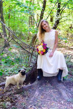 One bride one pug ;)