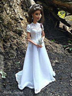 Barbie Fashionista Dolls, Barbie Dolls, Barbie Stories, Vintage Toys, Flower Girl Dresses, Collector Dolls, Doll Stuff, Wedding Dresses, Babies