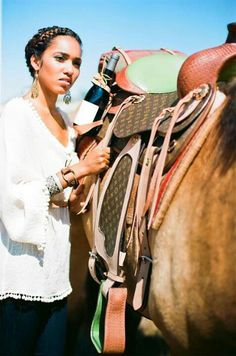 An equestrian with a taste for fashion and yummy wine