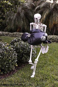 DIY Skeleton Lawn Decor for Halloween
