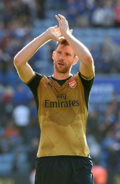 Defence Struggled Against Leicester City Admits Arsenal Star - http://footballersfanpage.co.uk/defence-struggled-against-leicester-city-admits-arsenal-star/