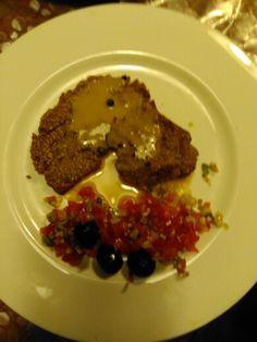 Seitan a la pimienta con tartar vegetal
