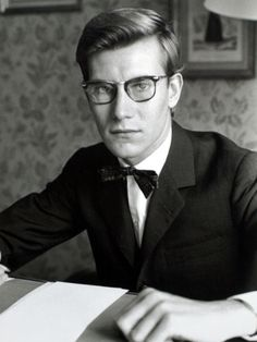 Yves Saint Laurent, July 1960 Photographic Print by Luc Fournol - www.fashion.net/