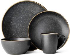 The Juliana Dinnerware Set from Gourmet Basics by Mikasa is a perfect blend of rustic style and modern elegance. The stone-speckled finish sets a warm and inviting tone on your dinner table, with a striking metallic gold rim that adds a glamorous edge. Black Dinnerware, Modern Dinnerware, Dinnerware Sets, Christmas Dinnerware, White Wine Glasses, Japan Design, Dish Sets, Bridesmaid Proposal, Flatware Set