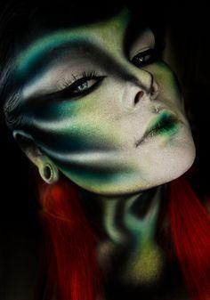 Makeup ideas Halloween – Great Make Up Ideas Scary Makeup, Sfx Makeup, Airbrush Makeup, Cosplay Makeup, Costume Makeup, Makeup Art, Halloween Face Makeup, Makeup Tips, Fish Makeup