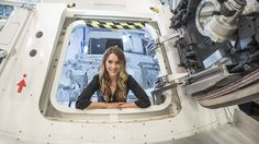 CNN's Rachel Crane talks to Orion program manager, Mark Geyer, at the Space Vehicle Mockup Facility in Houston. Orion Spacecraft, American Space, Hard Surface Modeling, Navy Air Force, Camera Rig, Space Program, Us History, Space Shuttle, Space Travel