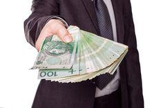 Gminy zaoszczędzą na podatku, ale mogą mieć problemy z centralizacją rozliczeń i unijnymi dotacjami.