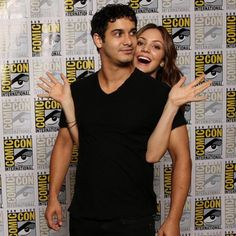The cast of Scorpion at San Diego ComicCon 2015 Walter O'brien, Walter And Paige, Scorpion Tv Series, Katharine Mcphee, Comic Con Cosplay, Himym, Parks N Rec, Jennifer Aniston, Face Claims
