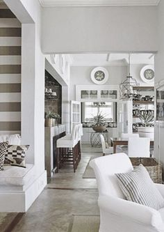 South Shore Decorating Blog: Themeless Thursday With Lots of Beautiful Rooms #Home #Decor http://www.IrvineHomeBlog.com/HomeDecor/  ༺༺  ℭƘ ༻༻