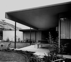 """#12: Perlin House  Built: 1959-60  Architect: Donald Wexler  Where: Los Angeles  Status: Original owner, original shape. """"We'll never move, I'm sure,"""" Bernard Perlin vows.  Structure: The steel houses designed by Wexler with engineer Bernard Perlin are held up by structural steel panels (not by steel studs) that also serve as walls. Steel beams support the steel roof decking. http://www.eichlernetwork.com/article/steel-houses-steel-ideal?page=0,4"""
