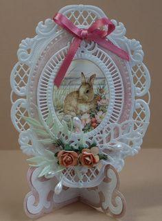 Card by Janny van Woerkens  (022016) [Marianne Design (dies)  Creatables Anja's Oval, Creatables Stencil Fan Stand]