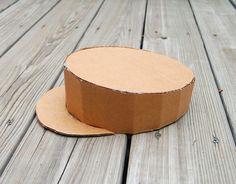 casquette en carton                                                                                                                                                     Plus