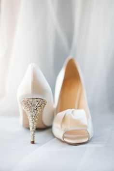 sparkly gold heels | Love, The Nelsons #wedding