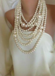 Sale Huge Pearl Necklace chunky multi strand by HMbySemraAscioglu Pearl Jewelry, Bridal Jewelry, Fine Jewelry, Jewelry Making, Silver Jewelry, Jewlery, Pearl Bracelets, Pearl Rings, Geek Jewelry