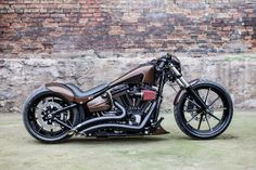 "Harley Davidson Breakout Softail Custom ""Kilimanjaro"" by Nine Hills Motorcycles Harley Davidson Chopper, Harley Davidson Street Glide, Harley Davidson Motorcycles, Custom Motorcycles, Custom Bikes, Custom Bobber, Motos Harley, Harley Softail, Harley Bikes"