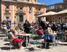 Blog • time to momo - Valencia Valencia, Hotels, Street View, Blog, Porches