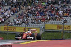 Un detrito potrebbe aver distrutto la gomma di Vettel in Austria