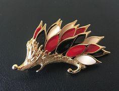 Sign ORENA PARIS Vintage Brooch Pin Figural Tiered Hedgehog Enamel Gold Tn DL 19