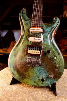 Santa  Cruz Fathom Walker electric guitar