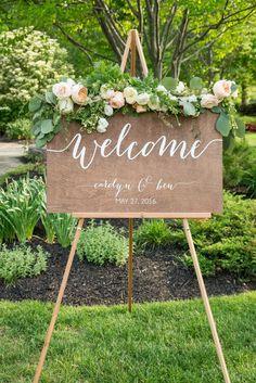 Wedding Welcome Sign - Wedding Signs - Wood Wedding Sign - Wooden Wedding Signs - Wood - Rustic Wood Wedding Sign Garden Wedding, Diy Wedding, Wedding Ceremony, Wedding Flowers, Wedding Ideas, Trendy Wedding, Wedding Seating, Sunset Wedding, Wedding Sparklers