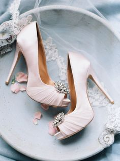 Badgley Mischka wedding shoes with amazing bling! #blingbling