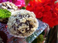 Bomboane de ciocolata cu visine ( Montignac), poza 1 Krispie Treats, Rice Krispies, Hummus, Acai Bowl, Muffin, Baking, Breakfast, Desserts, Pastries